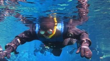 snorkeling silvra FIT